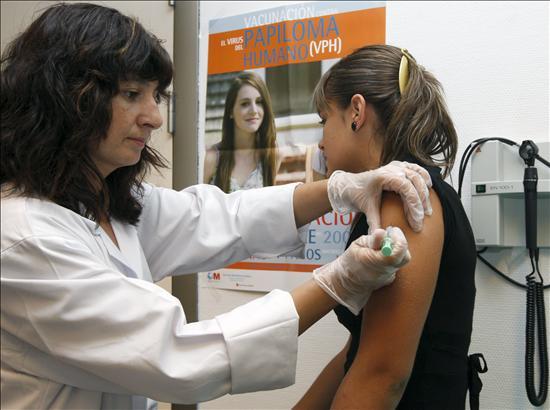 Se aplicará segunda dosis contra Virus del Papiloma a 29 mil niñas