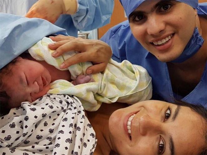 Paola Espinosa celebra su cumpleaños con la llegada de su hija