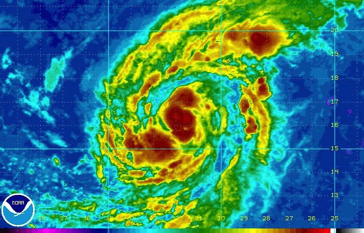Huracán Irma alcanza categoría Tres en su camino hacia el Caribe