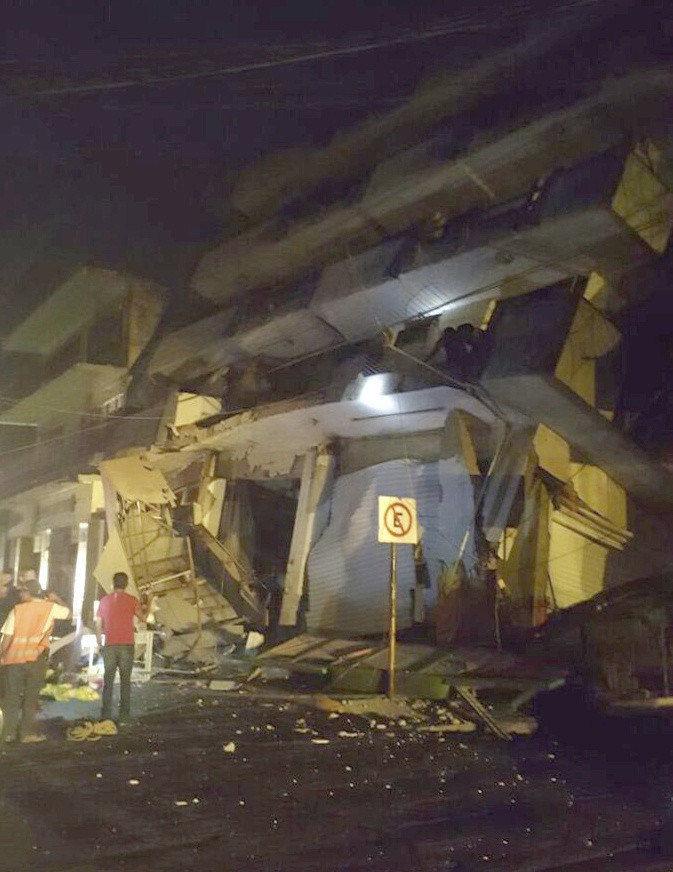 México enfrenta el sismo 'más fuerte en 100 años'