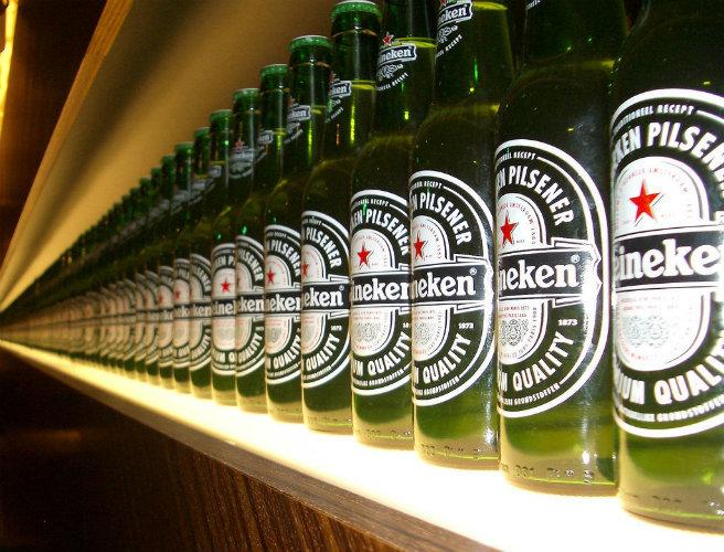 Venderá FEMSA una cuarta parte de sus acciones en Heineken