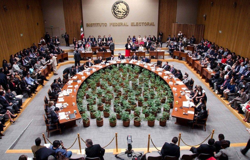 INE aprueba la realización de 3 debates presidenciales