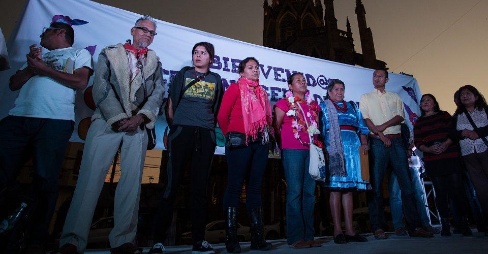 Denuncian agresión a caravana de aspirante presidencial indígena de México