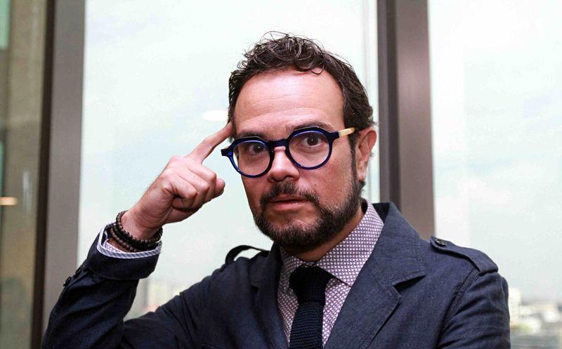Aleks Syntek desata su 'furia' en Twitter por 'música Godínez'