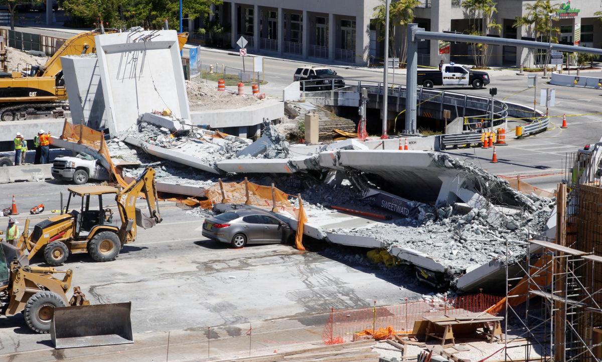 Así cayó el puente peatonal en Miami, donde murieron 6 — Videos