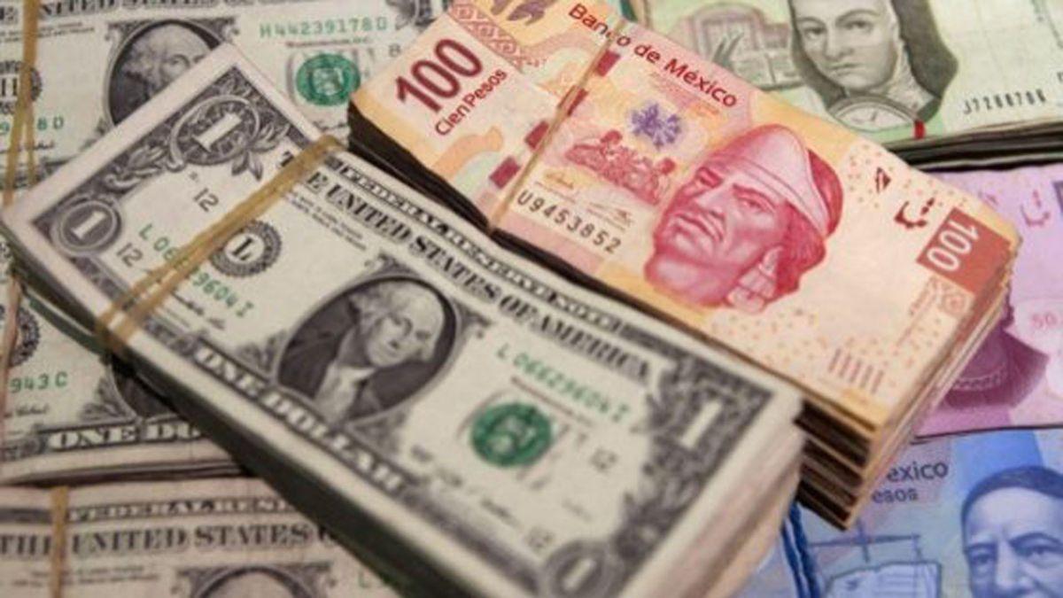 Peso se recupera; dólar se vende en 19.98 pesos
