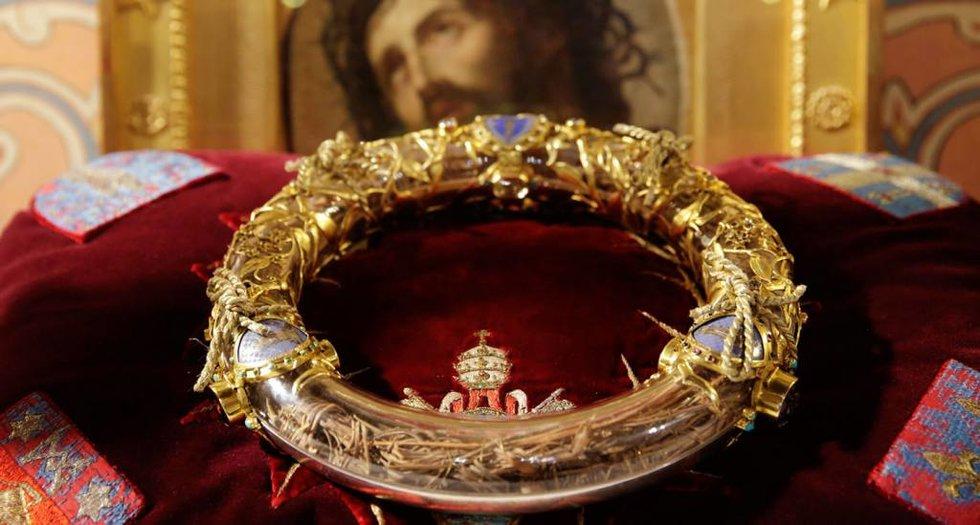 Notre Dame permanecerá cerrada seis años para reconstruirla